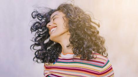 Mutluluk aynada baktığın o kişide saklı!