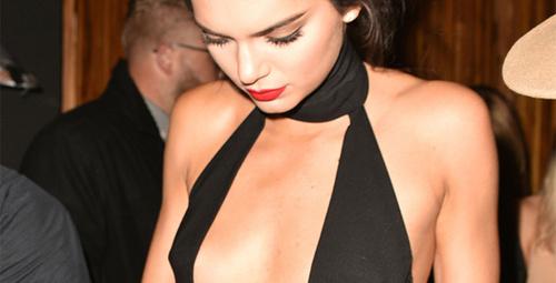Kendall'dan 20. yaşına özel derin dekolteli pozlar!