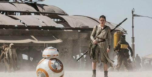 Star Wars Güç Uyanıyor film galasında büyük sürpriz!