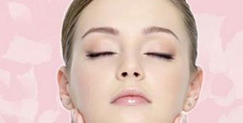Doğal kozmetik kullan, cildin genç kalsın…