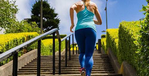 Vücudun yükünü çeken sağlıklı dizler için 5 tavsiye!