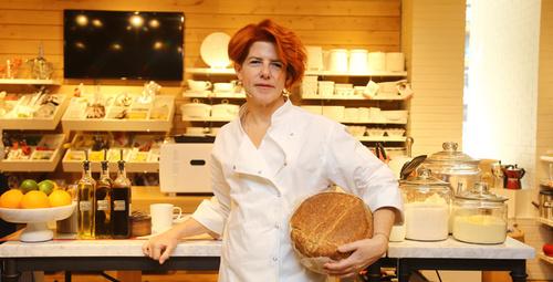 Şemsa Denizsel'den ekşi maya ekmeği ve muhteşem lezzetler!
