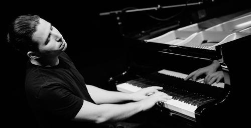 Alfredo Rodriguez Trio 30 Nisan'da Babylon'da!