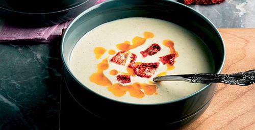 Farklı lezzet arayanlara Kabak Çorbası