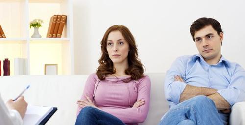 İlişkiyi kurtarabilmek için terapi işe yarar mı?