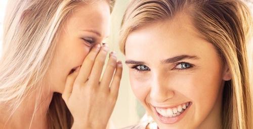 Aşırı gülmek depresyonu tetikliyor!