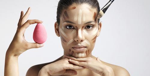 Makyaj süngerlerinizi böyle temizlerseniz...