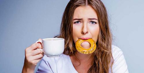 Stresliyken sakın kendinizi yemeğe vermeyin!