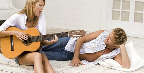Şarkı söylemenin sağlığa ilginç faydası!