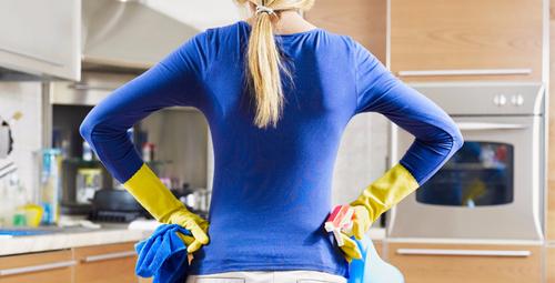 Evde kendi temizlik malzemenizi kendiniz yapın!