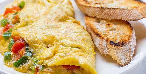 Diyet severler için sebzeli omlet yapıyoruz