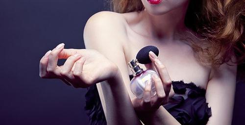 Yılbaşı hediyesi parfüm arayanlar buraya