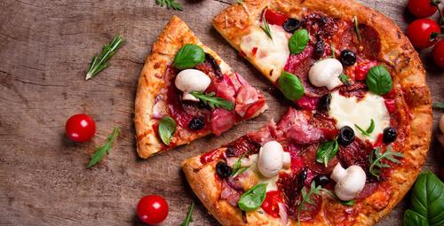 Ev yapımı pizzaya ne dersiniz?