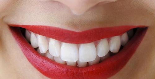 Ayrık dişlerinize bu yöntemle veda edin!