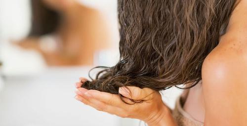 Hızlı saç uzatmak isteyenler için hint yağı!