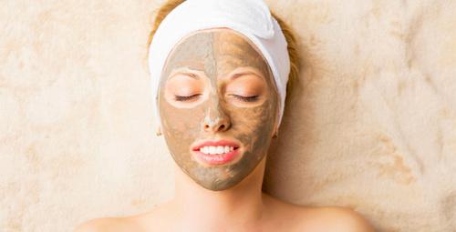 Daha sağlıklı bir cilt için kil maskesi şart!
