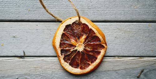 Kurutulmuş portakal dilimleriyle evinizi dekore edin!