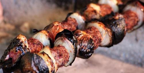 Antep usulü soğan kebabı nasıl yapılır?