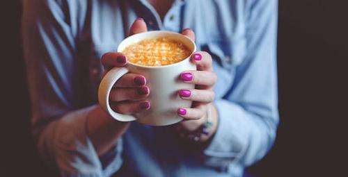 Kış günlerine özel balkabaklı ve baharatlı latte