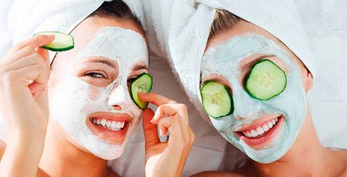 Evinizdeki meyvelerle pratik maske tarifi!