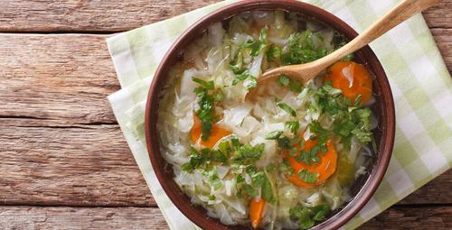 Bir haftada kilo verdiren lahana çorbası diyeti ve tarifi