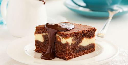 Leziz beyaz çikolatalı brownie