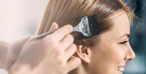 Saç boyalarını cildinizden böyle çıkarın!