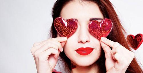 Sevgililer Günü için makyaj tüyoları