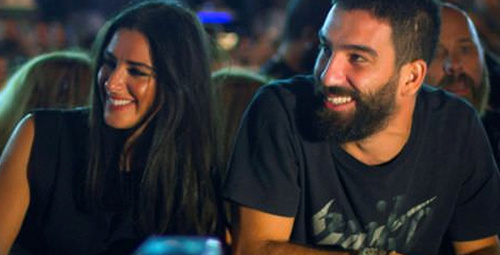 Arda Turan Aslıhan'a böyle evlenme teklifi etti!