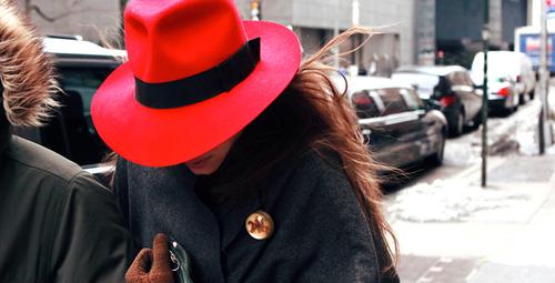 Aksesuarlarda kırmızı modası!
