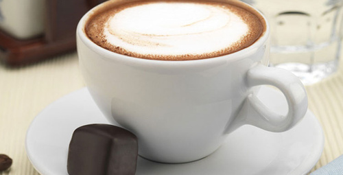 Yumuşak içimli Sütlü Türk Kahvesi