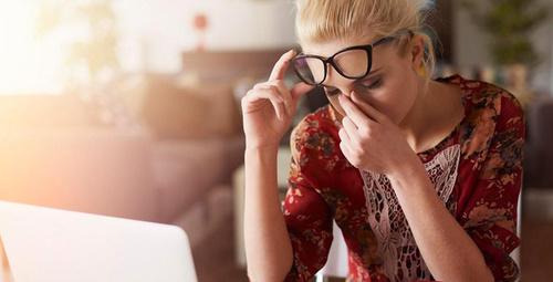 Çağın yeni hastalığı dijital göz sendromuna dikkat!