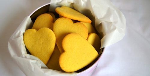 Çay sizden limonlu vanilyalı kurabiye de bizden!