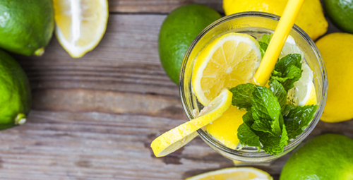 Ev limonatası lezzeti ile kendinizi şımartın!