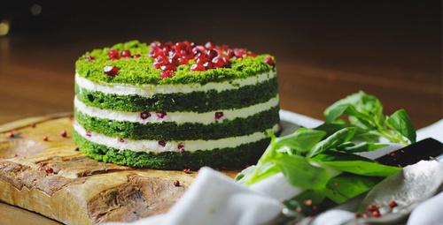 Lezzetine doyum olmayan ıspanaklı pasta tarifi!