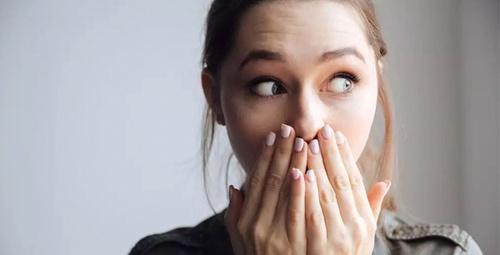 Reflü diş sağlığını tehdit ediyor!