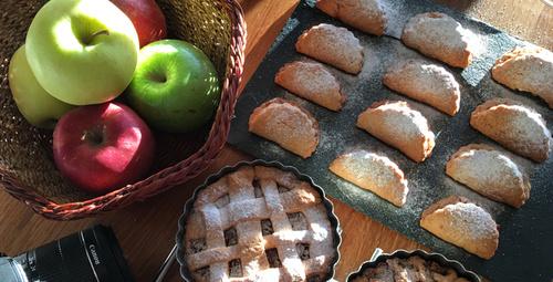 Çayın yanına; elmalı kurabiye!