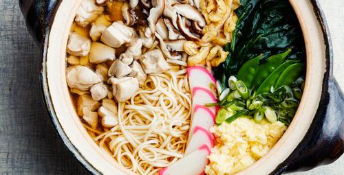 Bir Uzak Doğu lezzeti nabeyaki udon nasıl yapılır?