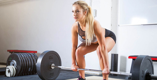 'Deadlift' hareketleri ile tüm vücudunuzu çalıştırın!