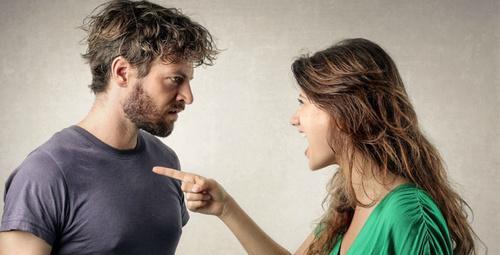Partnerinizin mutlu olmadığını gösteren belirtiler!