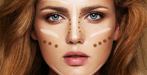 Renkli gözlüler için altın değerinde makyaj önerileri