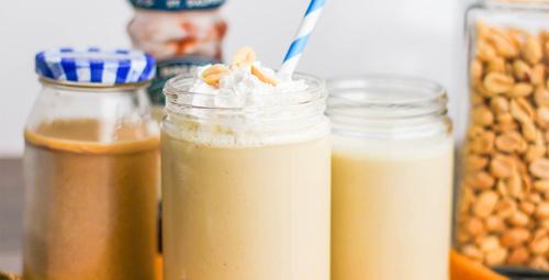Güne fıstık ezmeli smoothie ile başlayın!