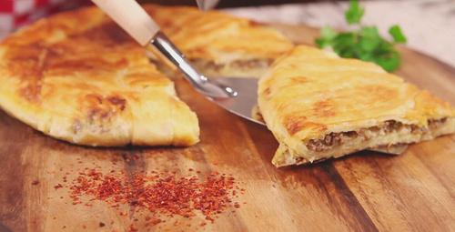 Sahur için pratik börek tarifi fırına bile gerek yok!