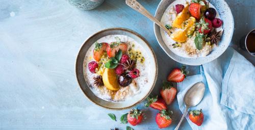 Öğünlerinizi meyveli yoğurt ile renklendirin!