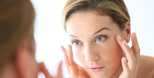 Kırışıklıkları azaltırken cilde tazelik kazandırıyor!