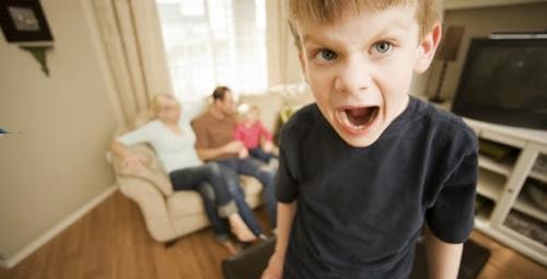 Karne alan çocuğa nasıl davranılmalı?