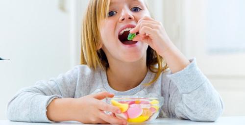 Bayramda çocukların beslenmesine dikkat!