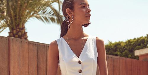 Günün kombini: Beyaz elbiselere yer açın