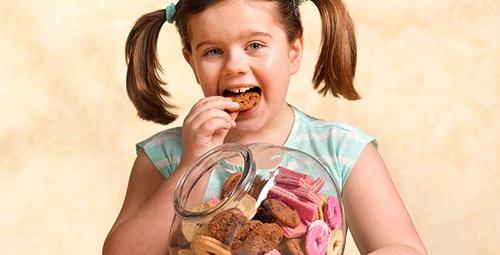 Çocuğunuz kiloluysa erken ergenlik kapıda!