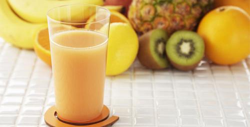 Vitamini posasında sandığınız meyve suyu aslında...